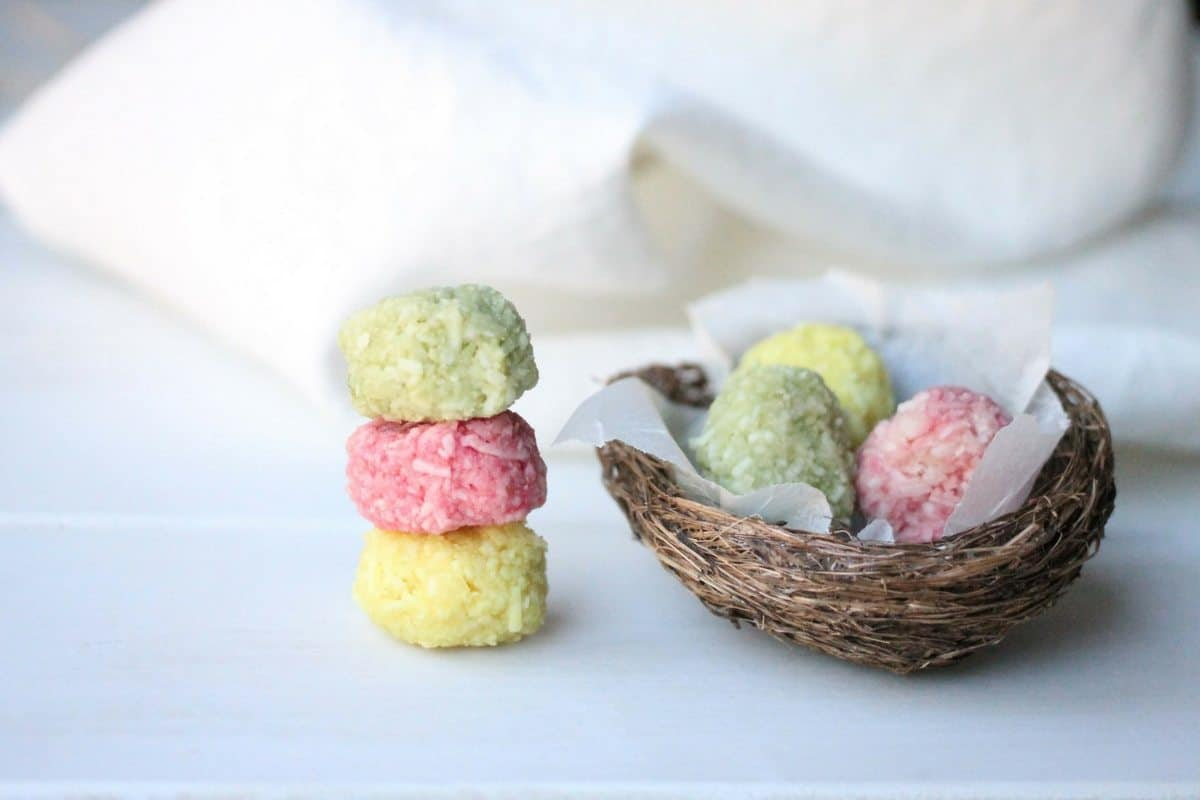 Superfood healthy Easter eggs that not only will the Kids love but can even help make!