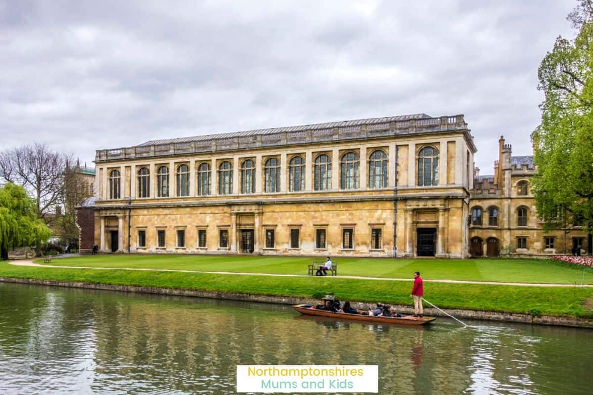 Planning a romantic weekend in Cambridge? The historic city has it all- beautiful buildings, great food, museums, galleries & plenty of independent & high street shops. For more reviews of things to do around the UK visit www.northamptonshiremumsandkids.co.uk
