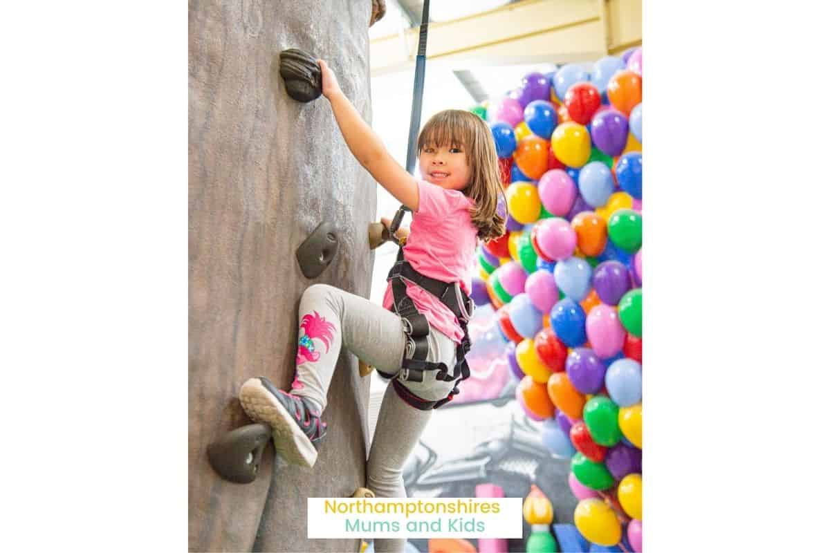 The Hub is an absolute saviour for Mums. Find out who is behind one of Northamptonshire's favourite play centres and what's in store. For more local business interviews check out www.northamptonshiremumsandkids.co.uk