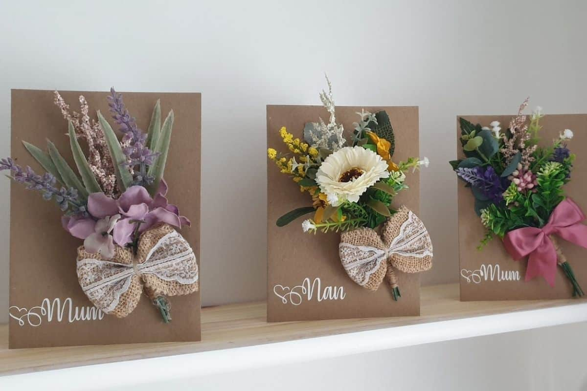 Some suggestions of personalised (or not!) first mothers day gift ideas, gifts that can be sent and ways to make Mum feel special on the day. For more ideas check out www.northamptonshiremumsandkids.co.uk
