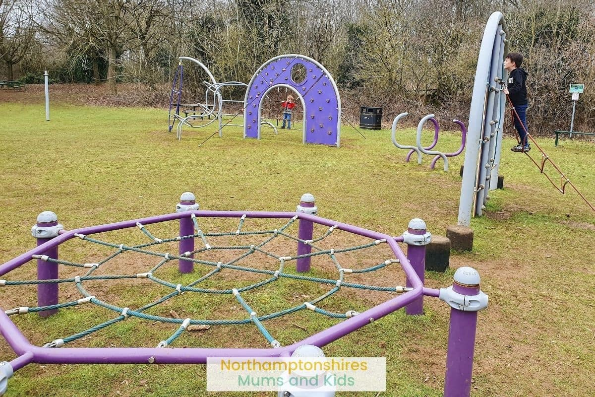 Hunsbury Country Park features a great play area for kids of all ages, cool trees to climb, great for dog walking and a tree trail to follow. For more ideas of where to go in Northants check out www.northamptonshiremumsandkids.co.uk