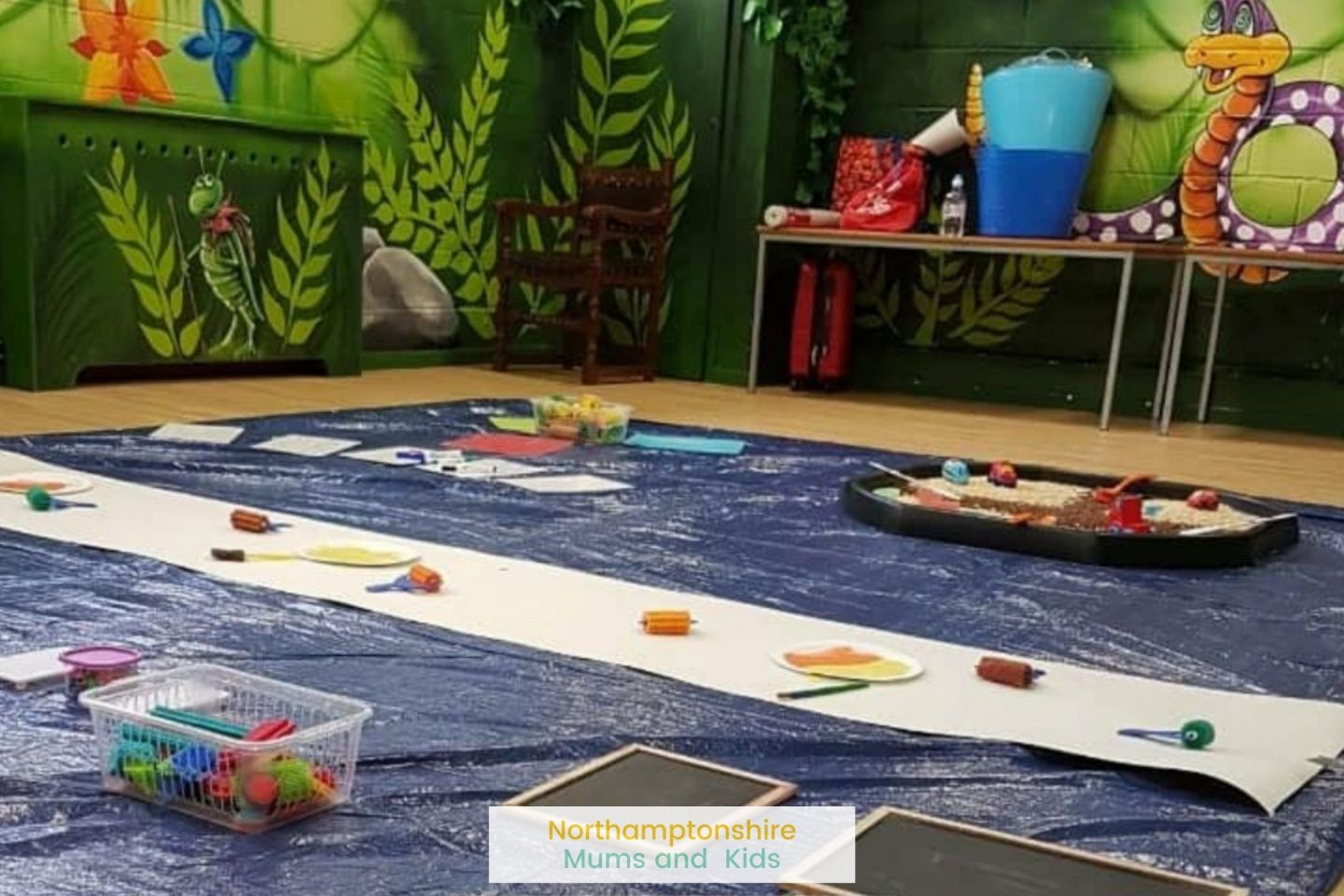 A list of Mum and baby groups in Northampton, Daventry, Wellingborough, Kettering and surrounding areas. Organised groups as well as libray sessions. For more ideas of things to do in Northants check out www.northamptonshiremumsandkids.co.uk