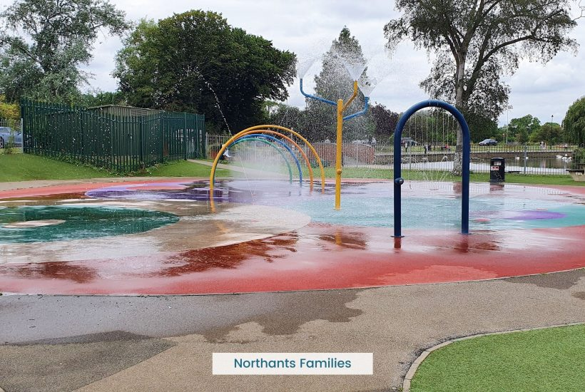 The splash park in wellingborough is the perfect spot to cool down on a hot day. It's free there's food and drink available to buy.